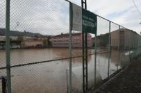 FUTBOL SAHASI - Sel Felaketi Sonrası Kullanılamaz Hale Gelen Beşikdüzü İlçe Stadyumu Yapılması İçin İhaleye Çıkılıyor