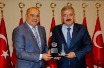 ŞEHİT POLİS - Taksi Sahiplerinden Vali'ye Anlamlı Ziyaret