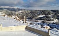 Bursa'da Soğuktan Akan Çeşmeler Buz Tuttu