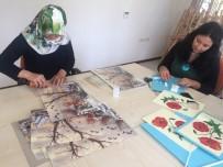 MILLI EĞITIM BAKANLıĞı - Hanımlar Kağıt Rölyef Kursu Sertifikası Aldı