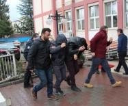 BAHÇELİEVLER - İnşaattan Demir Çalan 3 Kişi Adliyeye Sevk Edildi