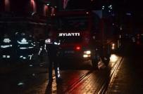 İSMET İNÖNÜ - İşçilerin Isınmak İçin Yaktıkları Ateş İtfaiyeyi Harekete Geçirdi