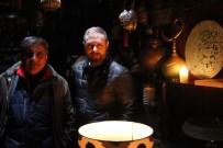 KAPALI ÇARŞI - Kapalıçarşıda Elektrik Kesildi, Esnaf İsyan Etti