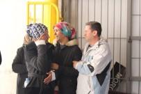 CENAZE - Katledilen Ailenin Cenazeleri Yakınlarınca Alındı