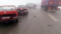 GİZLİ BUZLANMA - Konya'da 32 araç birbirine girdi