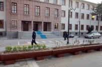 KAPALI ÇARŞI - Malatya Valiliği'nde Terör Önlemi