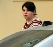 GENÇ KADIN - Öfkesini Otomobilden Çıkartan Kadın Açıklaması Zevk Aldım