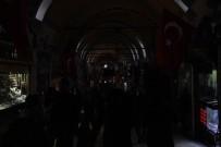 KAPALI ÇARŞI - (Özel) Kapalıçarşıda Elektrik Kesildi, Esnaf İsyan Etti