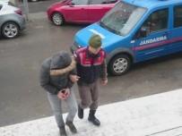 DENETİMLİ SERBESTLİK - Şehitlerin Adını Kullanarak Dolandırıcılık Yapan Şüpheli Tutuklandı