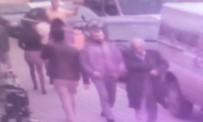 YAŞLI ADAM - 'Sen Nerelerdesin' Deyip Sarıldı, 800 Lirasını Çaldı