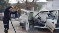 BAHÇELİEVLER - Seyir Halindeki Araba Alev Aldı