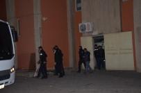 TUTUKLAMA TALEBİ - Aralarında Polislerinde Bulunduğu 14 Şahıs Kaçakçılıktan Tutuklandı