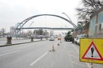 ANKARA ÜNIVERSITESI - Büyükşehir'den, Yeni Yaya Üst Geçitleri