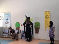 ÇOCUK OYUNU - Diyarbakır'daki Yurtlarda Kalan Çocuklara Tiyatro Gösterisi