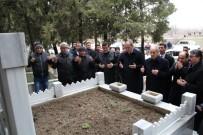 İLKER BAŞBUĞ - İlker Başbuğ, Bigalı Mehmet Çavuş'un Mezarını Ziyaret Etti
