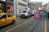 İSTİKLAL CADDESİ - Nostaljik Tramvayda Bakıma Alındı