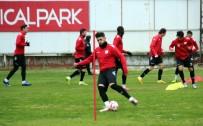SAMSUNSPOR - Samsunspor, Adana Demirspor'a Bileniyor
