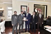 ŞUURLU ÖĞRETMENLER DERNEĞI - Şuurlu Öğretmenler Derneği'nden Akgül'e Ziyaret
