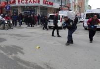 AKPINAR MAHALLESİ - 3 Ay Önce Cezaevinden Çıkan Kişi Silahlı Saldırıya Uğradı