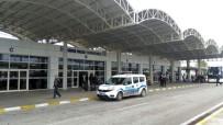 UYUŞTURUCU BAĞIMLISI - Antalya Havalimanı'nda panik