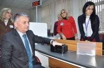ERSIN YAZıCı - Balıkesir Valisi Ersin Yazıcı Yeni Kimlik Başvurusu Yaptı