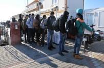 BANGLADEŞ - Çanakkale'de 44 Kaçak Göçmen Yakalandı