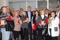 TAŞDELEN - Çankaya Belediye Başkanı Taşdelen'den Emekliye Teşekkür Plaketi