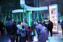 HEDİYELİK EŞYA - Kayseri Bilim Merkezi'ni 26 Günde 15 Bin Kişi Ziyaret Etti