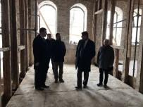 KBÜ'ye Ait Tarihi Taş Binanın Restorasyonu Devam Ediyor