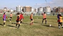 HÜSEYIN TÜRK - 1207 Antalya Döşemealtı Kadın Futbol Takımı Ereğli Yolcusu