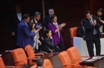 TEKERLEKLİ SANDALYE - Anayasa Değişiklik Teklifinin 14. Maddesi 342 Oyla Kabul Edildi