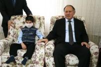 LÖSEMİ HASTASI - Artvin'de 7 Yaşındaki Lösemili Hastası Arif Karnesini Evinde Aldı