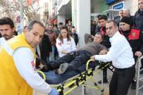SİLAHLI KAVGA - Bankada Silahlı Kavga Açıklaması 1 Yaralı