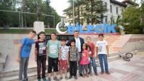 ANGRY BİRDS - Çocuklara Yarı Yıl Hediyesi Bilecik Belediyesi'nden