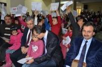 KÜTÜPHANE - Darende'de Öğrencilerin Karne Sevince