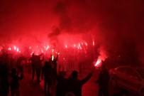 SABRİ SARIOĞLU - Galatasaray'a Coşkulu Karşılama