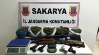 UYUŞTURUCU MADDE - Jandarma Ekipleri Çok Sayıda Uyuşturucu Ve Silah Ele Geçirdi