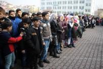 ÖĞRETMENLIK - Kayseri'de 6 Bin 833 Suriyeli Öğrenci Karne Heyecanı Yaşadı