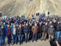 İŞ BIRAKMA EYLEMİ - Şirvan'da Maden İşçileri Eylem Yaptı