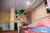 UMUTLU - Torbalılı Genç Atletler Milli Takım Yolunda