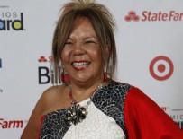 GÖLLER - Ünlü şarkıcı Loalwa Braz ölü bulundu!