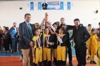 SALON FUTBOLU - Yıldızlar Futsal Müsabakaları Sona Erdi