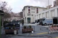AK PARTI - AK Parti İstanbul İl Başkanlığı Çevresinde Güvenlik Önlemleri Arttırıldı