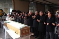 SOLUNUM YETMEZLİĞİ - Eski İçişleri Bakanı Efkan Ala Dayısının Cenazesine Katıldı