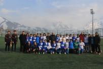 HAKKARİ VALİSİ - Hakkari Gücü Spor Açıklaması 6 - Ağrı Birlikspor Açıklaması 0