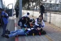 ELEKTRİKLİ BİSİKLET - Kasksız Gençler Ölümden Döndü