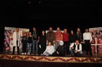 MAMAK BELEDIYESI - Kent Tiyatrosu 'Çiçekler Solmasın'la Devam Ediyor