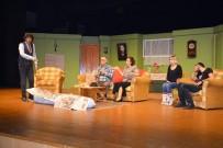 TİYATRO OYUNU - Manavgat'ta 'Şimdi Ne Olacak'a Tiyatro Oyununa Yoğun İlgi