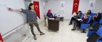 FARKıNDALıK - Pamukkale Belediyesi İngilizce Kursu Başladı