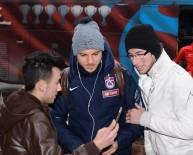 OLCAY ŞAHAN - Trabzonspor İstanbul'a Hareket Etti